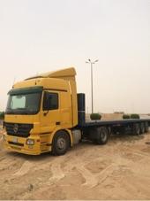 شاحنة مرسدس للبيع