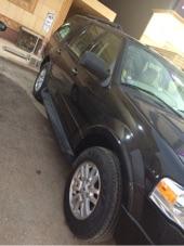 سيارة أكسبديشن 2013 لون أسود دبل نص فل  نظيف وغاية المستخدم ماشي49000 كم