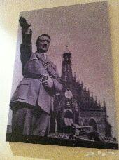 لوحة حائط لهتلر
