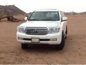 للبيع جيب GXR موديل 2011 ابيض 8 سرندل