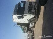 شاحنة فولفو 2001 FH مع الصندوق