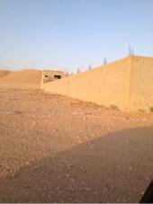 صور للبيع استراحة في المزاحمية مساحة 6000 متر جدار مسلح