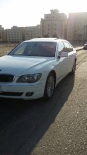 للبيع BMW750 موديل 2006 ابيض مفتاحين الوكالة خالي المشاكل عالشرط