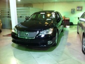 للبيع لكزس ES 350 موديل 2011 فل