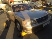 للبيع لكزس LS400 موديل 1999