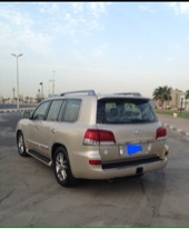 جيب لكزس عماني فل كامل 2013