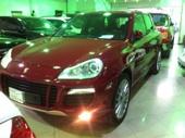 للبيع بورش كايين GTS موديل 2009 فل اوبشن لون احمر
