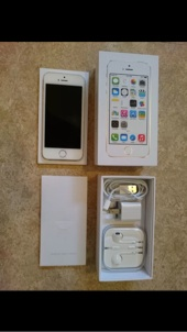 iPhone. 5s  32GB ابيض استعمال شهر جميع اغراضه البيع لاعلي سوم لا يوجد حد برجاء لأي سوم الا الجاد