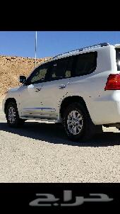 للبيع جي اكس ار موديل 2012 6سلندر رقم 1 باسمي من الوكالة ماشي 87 نظيف جدا وعلى الفحص