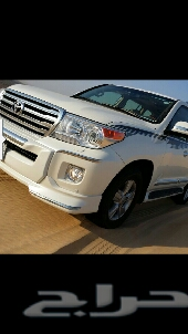 للبيع لاندكروزر GXR V8 بريمي جلد ماشي 4500 كيلوا فقط أخو الوكالة