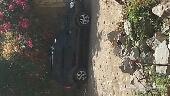 السيارة ماشاء الله تبارك الله نظيفة وموجود في اليمن الحديدة باجل مجمرك دفع رباعي جير عادي  4بوستون ل