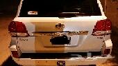 لاندكروزر 2011  . سلندر6 .. ماشي 150 الف ..المحركات والقير عالشرط