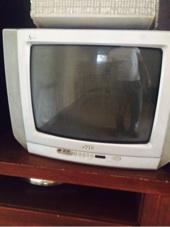 مكيف صحراوي وتلفزيونين للبيع