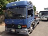 للبيع شاحنة مرسيدس شاص 6 متر موديل 2004
