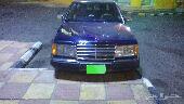 سيارة مرسيديذ 300 للبيع