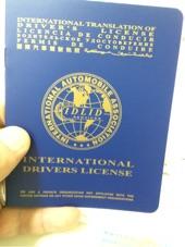 رخصة دولية لقيادة السيارات