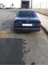 سيارة مارسيدس E230
