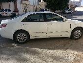 السلام  عليكم  ورحمة  الله  وبركته عندي سياره  كامري للبيع موديل 2007